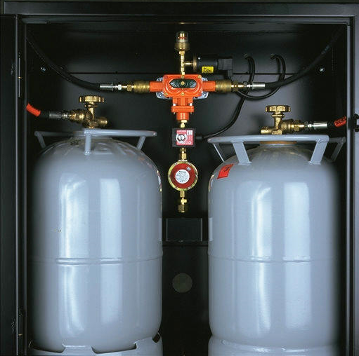 Gasolskåp med omkopplare